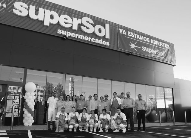 SuperSol elige Alcobendas para abrir un nuevo supermercado que ha creado 30 puestos de trabajo