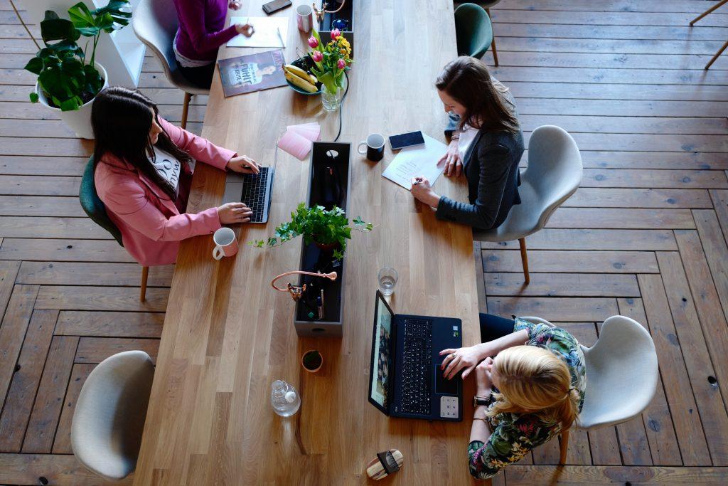 coworking-negocios-ventajas-compartir-espacio-desarrollo-proyectos